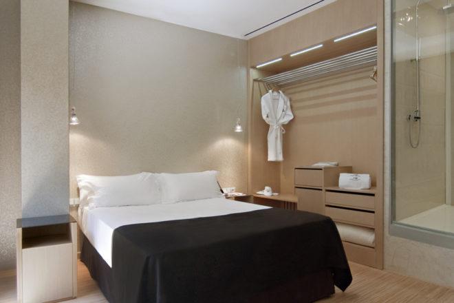 Hotel Axel Atlas 4
